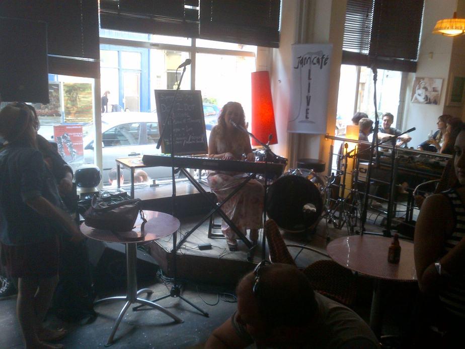 Rosanna O'Brien, Jam Cafe