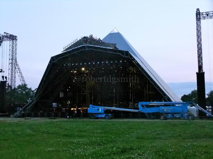 Final preparations to the Pyramid Stage