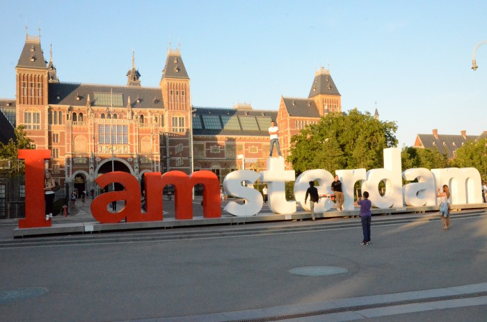iamsterdam sign in front of the Rijksmuseum
