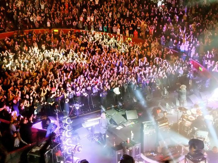 The Cure Royal Albert Hall 2014 Teenage Cancer Trust Applause