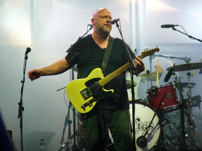 PixiesGlastonbury2014FrankBlack