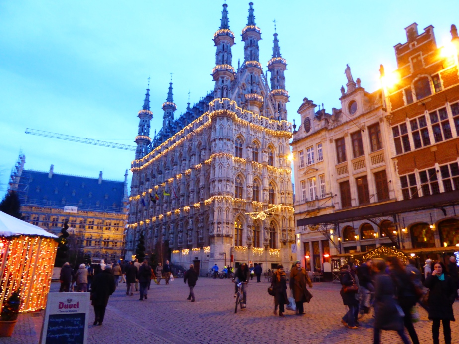 Schalke 04 and OH Leuven via Brussels